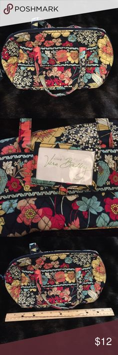 Vera Bradley utility bag Cute bag with plastic lining, good for cosmetics, lunch bag, art supplies, etc. Good overall condition, worn around the edges, small cut on one handle seen in picture 2. Top Rated Seller & Fast Shipper! Build a Bundle for a better discount! Smoke & pet free home Vera Bradley Bags Cosmetic Bags & Cases