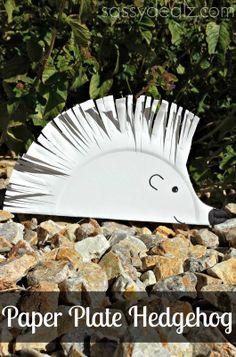DIY Hedgehog Paper Plate Craft For Kids #Paper plate art project #Cute Hedgehogs | http://www.sassydealz.com/2014/01/diy-hedgehog-paper-plate-craft-for-kids.html