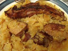 A férjem szerint ne is készítsek más káposztás ételt, mert ezt úgysem lehet felülmúlni! :) Hozzávalók 1 kg sertésborda, 3 dkg só, 5 dkg liszt, 15 dkg zsír, 10 dkg császárszalonna, 15 dkg virsli, 5 dkg hagynia, 1 kg sav. káposzta, pici kö...