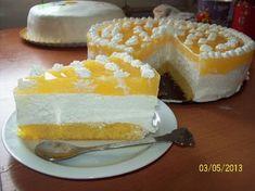 Tort cu nuca de cocos, branza si jeleu de portocale- Coconut and cream cheese cake Lemon Curd, Something Sweet, Coffee Cake, Cheesecakes, I Foods, Vanilla Cake, Yogurt, Main Dishes, Ice Cream