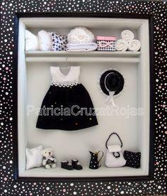 Ropero Blanco y Negro Niña con miniaturas