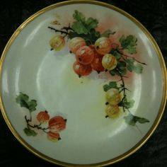 HP Porcelain plate w/Currants or Gooseberries