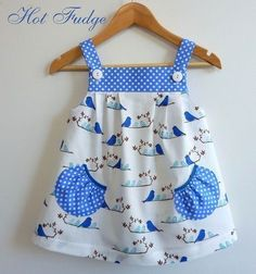 Frocks For Girls, Kids Frocks, Little Girl Outfits, Toddler Girl Dresses, Kids Outfits, Baby Dresses, Dresses Dresses, Short Dresses, Baby Dress Design