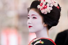 Maiko / KYOTO KITANO-TENMANGU SHRINE / 舞妓 北野天満宮 梅花祭