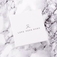 Printers Picks Of The Week #PPOTW   @loveyourhomeuk use a white candle box with a metallic silver foil print (MMWH85)