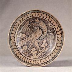 maïolique, ca. Pottery Painting, Pottery Art, Ancient Persia, Italian Tiles, Pueblo Pottery, Ceramic Techniques, Scroll Design, Bird Design, Earthenware