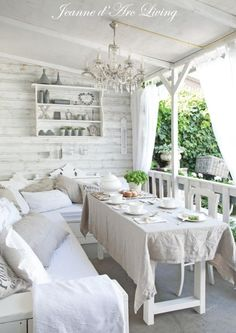 Shabby Chic Kitchen Table And Chairs via Shabby Chic Furniture Australia where Romantic Shabby Chic Bedroom Ideas without Shabby Chic Living Room Ideas On A Budget Shabby Chic Terrasse, Shabby Chic Outdoor Decor, Porche Shabby Chic, Shabby Chic Veranda, Muebles Shabby Chic, Shabby Chic Mode, Shabby Chic Porch, Shabby Chic Garden, Shabby Chic Interiors