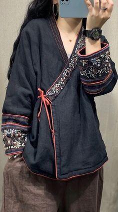 Kimono Fashion, Hijab Fashion, Love Fashion, Fashion Outfits, Womens Fashion, Fashion Design, Crop Top Outfits, Cool Outfits, Basic Outfits