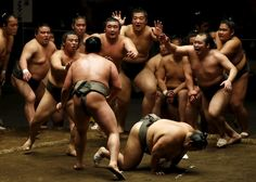 Sumo wrestlers of Nishonoseki clan appeal to the winner of a training bout for the next opponent during a joint training session ahead of the May Grand Sumo Tournament in Tokyo May 2, 2015. REUTERS/Toru Hanai