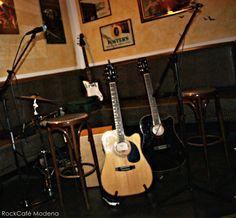 22.10.2014 - le mura di Mos LIVE al RockCafè Modena  #musica #music #live #food #pizza #hamburger #patatinefritte #cocktail #birra #modena #rockcafè #pub #birreria #dettagli #qualità #happyhour #aperitivo  Seguici su Facebook: www.facebook.com/rockcafe.modena