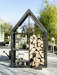 Top Cool Tips: Easy Fire Pit Wood Storage fire pit seating landscaping.Small Fire Pit Retaining Walls rock fire pit how to make. Paver Fire Pit, Concrete Fire Pits, Fire Pit Backyard, Backyard Pavers, Backyard Camping, Outdoor Firewood Rack, Firewood Storage, Outdoor Storage, Firewood Holder