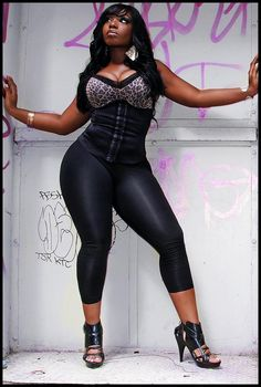 thick curvy black woman tights