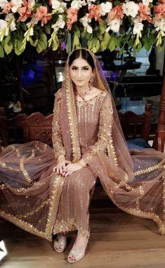 Fancy Dress Design, Bridal Dress Design, Stylish Dress Designs, Pakistani Wedding Outfits, Bridal Outfits, Pakistani Dresses, Pakistani Frocks, Party Dresses Online, Party Wear Dresses