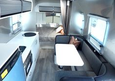 Terrific Photos Airstream Interior sport Popular There are many people who delight in travelling nevertheless don't like shelling out their particular funds lodge roo Airstream Sport, Airstream Living, Airstream Remodel, Airstream Interior, Vintage Airstream, Camping Con Glamour, Maximize Space, Metal Homes, Go Camping