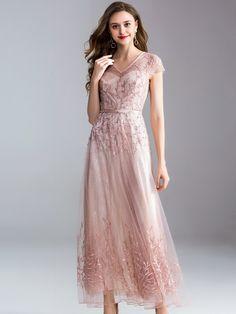 6ce8742162 Elegant Embroidery V-Neck Short Sleeve Big Hem Maxi Dress