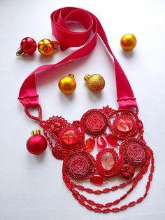 """Колье, бусы ручной работы. Ярмарка Мастеров - ручная работа Колье """"Красные розы"""". Handmade."""