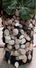 DIY's (Do It Yourself) : Empty Pringles can to beautiful stone vase