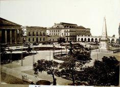 Plaza Victoria (actual Plaza de Mayo), Recova, Teatro Colón y Catedral. 1882