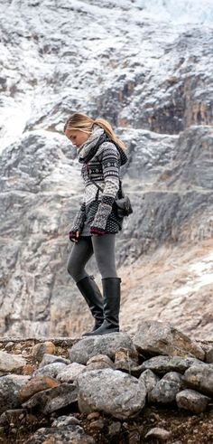 outdoor clothing brands, outdoor clothing stores, outdoor clothing near me, outdoor clothing store near me, outdoor clothing women`s. Outdoor Clothing Stores, Womens Clothing Stores, Clothes For Women, Wander Outfits, Apres Ski Party, Camping Outfits For Women, Hiking Outfits, Trekking Outfit, Climbing Outfits