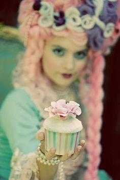 I love anything Marie Antoinette-ish  :)
