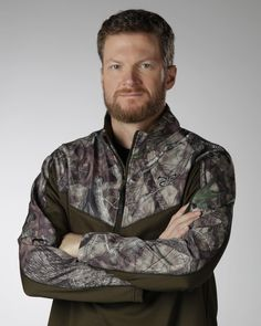 Very excited to join @truetimbercamo team. TrueTimber will be heavily involved in the Earnhardt Outdoors line and Earnhardt Outdoors will exclusively feature TrueTimber camo. [Padgram @dalejr]
