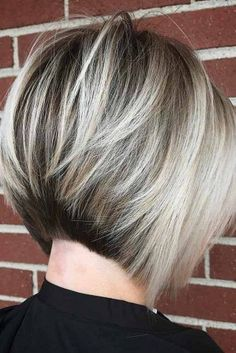 Beautiful Blonde Short Hairstyles picture 4
