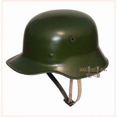 German Helmet - M16