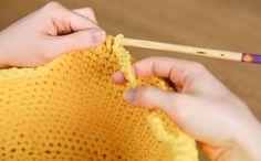 Tutoriel: un panier de rangement au crochet - Marie Claire Crochet Diy, Crochet Handbags, Trends, Macrame, About Me Blog, Homemade, Knitting, Sewing, Pastel