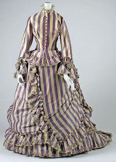 The Met: Costume Institute - visiting dress 1800s Fashion, 19th Century Fashion, Edwardian Fashion, Vintage Fashion, French Fashion, Vintage Gowns, Vintage Outfits, Vintage Clothing, Vintage Hats