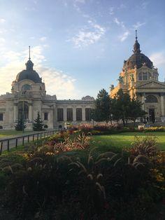 Budapest, Taj Mahal, Spa, Building, Travel, Viajes, Buildings, Destinations, Traveling