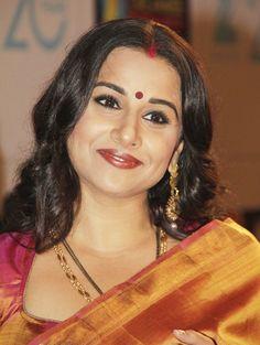 Vidya Balan - Highly Educated Bollywood Celebriy