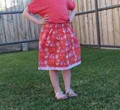 Learn how to take measurements and make a simple gathered skirt for girls of any age. Easy project if you are new to sewing Tutorial by Threading My Way Girl Dress Patterns, Gathered Skirt, Pdf Patterns, Threading, Easy Projects, Sewing Tutorials, Girl Outfits, Girls Dresses, Take That