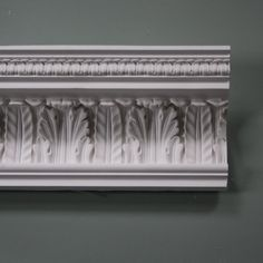 This Victorian Acanthus leaf plaster coving comes with an attractive richly carved wave of foliage rising up in the main frieze. Plaster Ceiling Rose, Plaster Coving, Plaster Cornice, Ceiling Coving, Ceiling Design, Victorian Townhouse, Victorian Homes, Victorian Era, Victorian Design