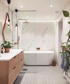 Home Decor Farmhouse 100 Bathroom Storage / Home design ideas.Home Decor Farmhouse 100 Bathroom Storage / Home design ideas Modern Master Bathroom, Modern Bathroom Design, Bathroom Interior Design, Bath Design, Modern Bathtub, Small Bathroom With Tub, White Bathroom, Interior Decorating, Modern Bathrooms