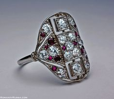 Such a beautiful art deco ring c.1915... In luvvvvvv... plus it has my birthstones in it too!