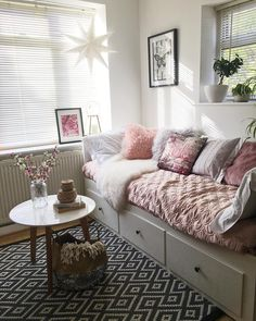 Guest Bedroom Ideas Spare Room Offices 49 Ideas For 2019 Guest Room Decor, Room Decor Bedroom, Living Room Decor, Ideas For Spare Room Decor, Bedroom Ideas, Spare Room Office, Daybed Room, Bedroom Layouts, Guest Bedrooms