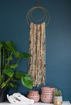 Yarn Wall Hanging DIY.
