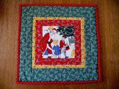 Christmas Santa Quilted Table Topper @forgetmenotquilteds