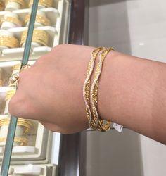 Trendy bangles of Dubai