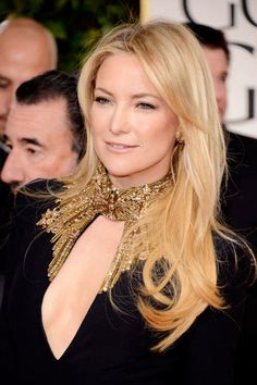 Perpetual golden girl Kate Hudson with glowing, natural makeup (Golden Globes, 2013)
