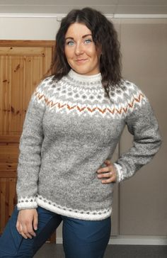 lettlopi,icelandic-My Riddari with Istex Lettlopi 🧡 riddari lettlopi icelandic sweater knitting pattern wool Mens Knit Sweater Pattern, Sweater Knitting Patterns, Cute Sweaters, Wool Sweaters, Sweaters For Women, Icelandic Sweaters, Textiles, Knit Crochet, Needlepoint Stitches