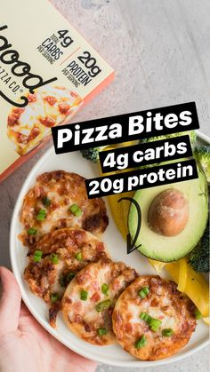 keto diet plan for beginners. It is your keto meal plan with recipes to get you started your weight loss journey. With major health benefits Low Carb Recipes, Diet Recipes, Cooking Recipes, Healthy Recipes, Healthy Fats, Healthy Snacks, Healthy Eating, Keto Meal Plan, Diet Meal Plans