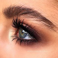 50 Elegant Natural Smoky Eyeshadow Makeup Ideas For Fall Party - TILEPENDANT Eyeshadow is not only used to add color to the eyes, but also as a way of enhancing the shape … Kiss Makeup, Glam Makeup, Makeup Inspo, Eyeshadow Makeup, Hair Makeup, Eyeshadow Ideas, Devil Makeup, Retro Makeup, Glitter Makeup