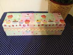 Ενα κουτι γεμάτο cup cake!!