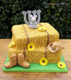 Hay Bale Wedding Cake                                                                                                                                                                                 More