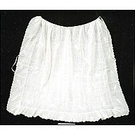 Colonial Williamsburg eMuseum 1780 Whitework ruffled apron