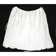 Colonial Williamsburg eMuseum 1780 Whitework ruffled apron