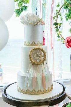 Dream Catcher Cake.  Had to show you this one.  gorgeous!