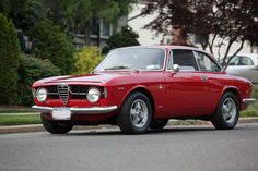 This 1969 Alfa Romeo GT Junior (chassis AR1240565) is the smaller engine, tax-dodge version of the hotter larger engine siblings, but many d...