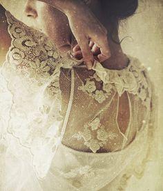 Beautiful photo : The Bottom of the Ironing Basket